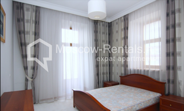 """Photo #6 4-room (3 BR) apartment <u>for a long-term rent</u> (<a href=""""http://moscow-rentals.ru/en/articles/long-term-rent"""" target=""""_blank"""">FAQ</a>)    in Russia, Moscow, Poslednyi lane, 13"""