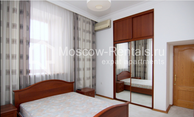 """Photo #7 4-room (3 BR) apartment <u>for a long-term rent</u> (<a href=""""http://moscow-rentals.ru/en/articles/long-term-rent"""" target=""""_blank"""">FAQ</a>)    in Russia, Moscow, Poslednyi lane, 13"""