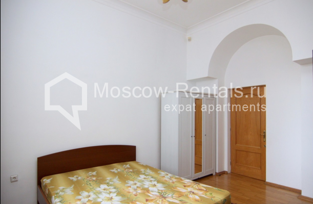 """Photo #9 4-room (3 BR) apartment <u>for a long-term rent</u> (<a href=""""http://moscow-rentals.ru/en/articles/long-term-rent"""" target=""""_blank"""">FAQ</a>)    in Russia, Moscow, Poslednyi lane, 13"""