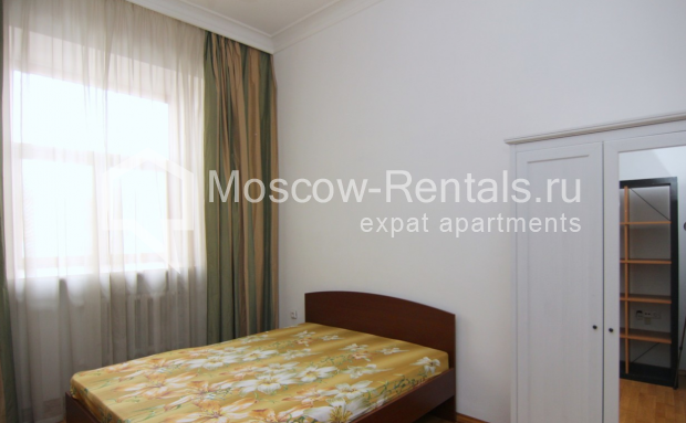 """Photo #10 4-room (3 BR) apartment <u>for a long-term rent</u> (<a href=""""http://moscow-rentals.ru/en/articles/long-term-rent"""" target=""""_blank"""">FAQ</a>)    in Russia, Moscow, Poslednyi lane, 13"""