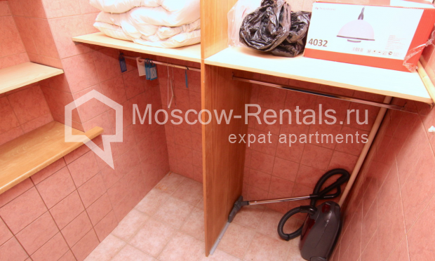 """Photo #11 4-room (3 BR) apartment <u>for a long-term rent</u> (<a href=""""http://moscow-rentals.ru/en/articles/long-term-rent"""" target=""""_blank"""">FAQ</a>)    in Russia, Moscow, Poslednyi lane, 13"""