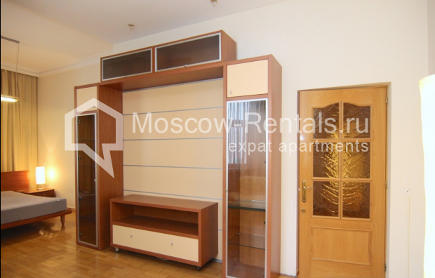 """Photo #17 4-room (3 BR) apartment <u>for a long-term rent</u> (<a href=""""http://moscow-rentals.ru/en/articles/long-term-rent"""" target=""""_blank"""">FAQ</a>)    in Russia, Moscow, Poslednyi lane, 13"""