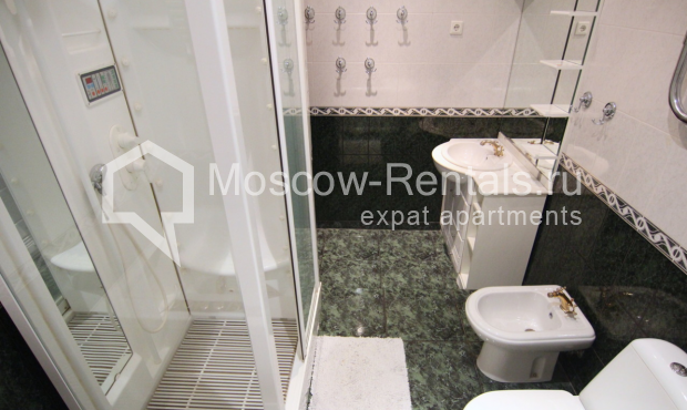 """Photo #19 4-room (3 BR) apartment <u>for a long-term rent</u> (<a href=""""http://moscow-rentals.ru/en/articles/long-term-rent"""" target=""""_blank"""">FAQ</a>)    in Russia, Moscow, Poslednyi lane, 13"""