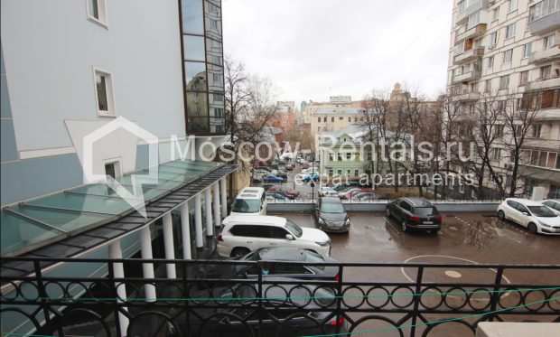 """Photo #22 4-room (3 BR) apartment <u>for a long-term rent</u> (<a href=""""http://moscow-rentals.ru/en/articles/long-term-rent"""" target=""""_blank"""">FAQ</a>)    in Russia, Moscow, Poslednyi lane, 13"""