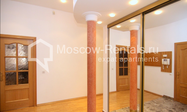 """Photo #23 4-room (3 BR) apartment <u>for a long-term rent</u> (<a href=""""http://moscow-rentals.ru/en/articles/long-term-rent"""" target=""""_blank"""">FAQ</a>)    in Russia, Moscow, Poslednyi lane, 13"""