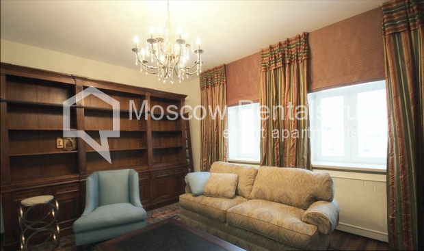 "Photo #6 3-room (2 BR) apartment for <a href=""http://moscow-rentals.ru/en/articles/long-term-rent"" target=""_blank"">a long-term</a> rent  in Russia, Moscow, Pushkarev lane, 16"