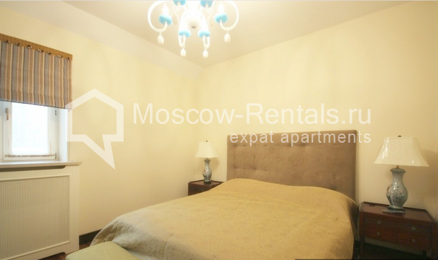 "Photo #8 3-room (2 BR) apartment for <a href=""http://moscow-rentals.ru/en/articles/long-term-rent"" target=""_blank"">a long-term</a> rent  in Russia, Moscow, Pushkarev lane, 16"