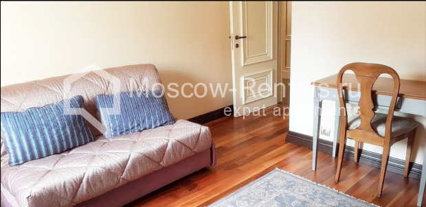 "Photo #10 3-room (2 BR) apartment for <a href=""http://moscow-rentals.ru/en/articles/long-term-rent"" target=""_blank"">a long-term</a> rent  in Russia, Moscow, Pushkarev lane, 16"