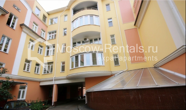 "Photo #20 3-room (2 BR) apartment for <a href=""http://moscow-rentals.ru/en/articles/long-term-rent"" target=""_blank"">a long-term</a> rent  in Russia, Moscow, Pushkarev lane, 16"