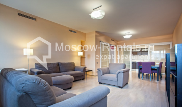 "Photo #3 3-room (2 BR) apartment for <a href=""http://moscow-rentals.ru/en/articles/long-term-rent"" target=""_blank"">a long-term</a> rent  in Russia, Moscow, Komsomolsky prospect, 32 К 2"