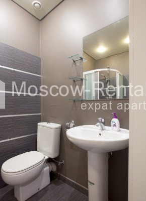 "Photo #12 3-room (2 BR) apartment for <a href=""http://moscow-rentals.ru/en/articles/long-term-rent"" target=""_blank"">a long-term</a> rent  in Russia, Moscow, Komsomolsky prospect, 32 К 2"