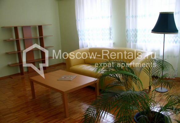 """Photo #2 3-room (2 BR) apartment for <a href=""""http://moscow-rentals.ru/en/articles/long-term-rent"""" target=""""_blank"""">a long-term</a> rent  in Russia, Moscow, Trubnaya str, 22/1"""