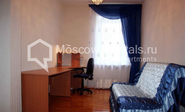 """Photo #7 3-room (2 BR) apartment for <a href=""""http://moscow-rentals.ru/en/articles/long-term-rent"""" target=""""_blank"""">a long-term</a> rent  in Russia, Moscow, Trubnaya str, 22/1"""