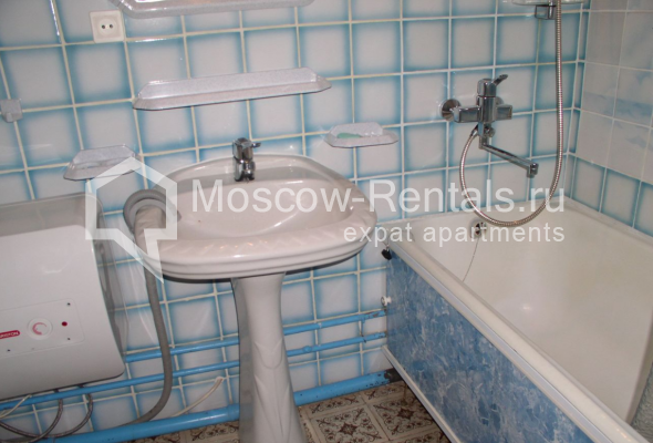 """Photo #8 3-room (2 BR) apartment for <a href=""""http://moscow-rentals.ru/en/articles/long-term-rent"""" target=""""_blank"""">a long-term</a> rent  in Russia, Moscow, Trubnaya str, 22/1"""