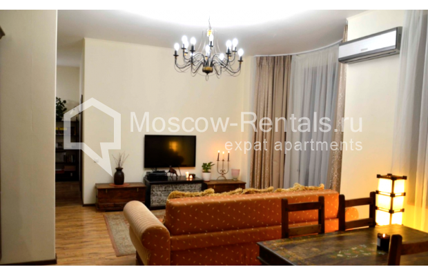 """Photo #2 3-room (2 BR) apartment for <a href=""""http://moscow-rentals.ru/en/articles/long-term-rent"""" target=""""_blank"""">a long-term</a> rent  in Russia, Moscow, Zvonarskyi lane, 1"""