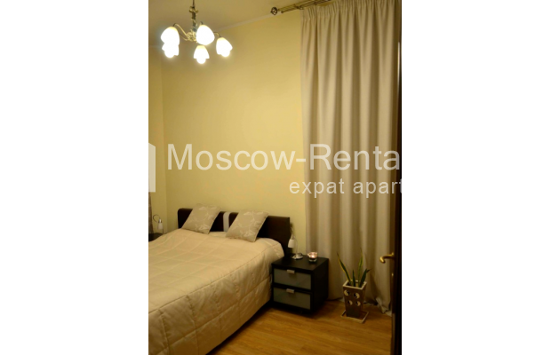 """Photo #8 3-room (2 BR) apartment for <a href=""""http://moscow-rentals.ru/en/articles/long-term-rent"""" target=""""_blank"""">a long-term</a> rent  in Russia, Moscow, Zvonarskyi lane, 1"""