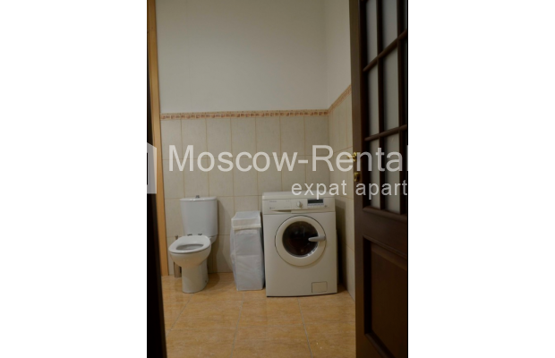 """Photo #11 3-room (2 BR) apartment for <a href=""""http://moscow-rentals.ru/en/articles/long-term-rent"""" target=""""_blank"""">a long-term</a> rent  in Russia, Moscow, Zvonarskyi lane, 1"""