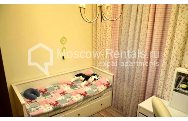 """Photo #12 3-room (2 BR) apartment for <a href=""""http://moscow-rentals.ru/en/articles/long-term-rent"""" target=""""_blank"""">a long-term</a> rent  in Russia, Moscow, Zvonarskyi lane, 1"""