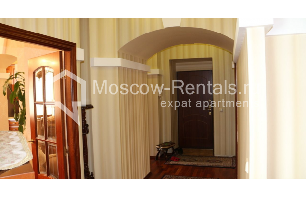 "Photo #23 4-room (3 BR) apartment for <a href=""http://moscow-rentals.ru/en/articles/long-term-rent"" target=""_blank"">a long-term</a> rent  in Russia, Moscow, Petrovka str, 17 С 4"