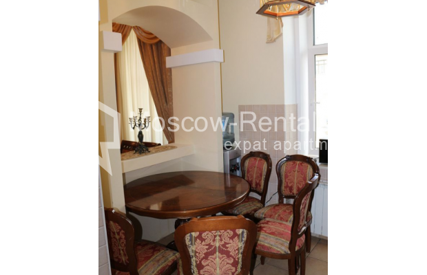 "Photo #3 4-room (3 BR) apartment for <a href=""http://moscow-rentals.ru/en/articles/long-term-rent"" target=""_blank"">a long-term</a> rent  in Russia, Moscow, Petrovka str, 17 С 4"