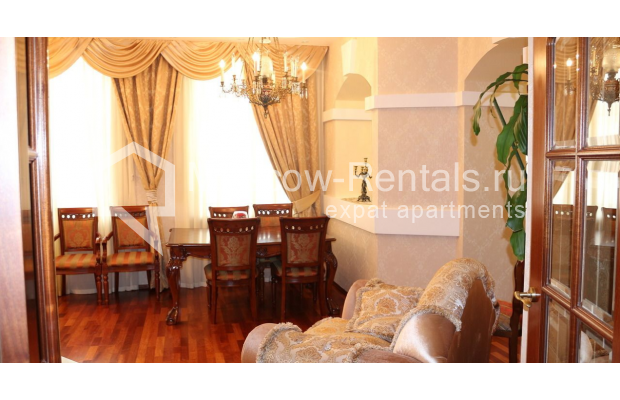 "Photo #2 4-room (3 BR) apartment for <a href=""http://moscow-rentals.ru/en/articles/long-term-rent"" target=""_blank"">a long-term</a> rent  in Russia, Moscow, Petrovka str, 17 С 4"