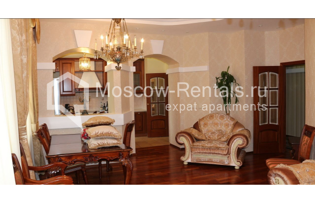 "Photo #1 4-room (3 BR) apartment for <a href=""http://moscow-rentals.ru/en/articles/long-term-rent"" target=""_blank"">a long-term</a> rent  in Russia, Moscow, Petrovka str, 17 С 4"