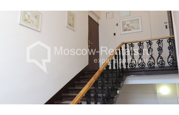 "Photo #29 4-room (3 BR) apartment for <a href=""http://moscow-rentals.ru/en/articles/long-term-rent"" target=""_blank"">a long-term</a> rent  in Russia, Moscow, Petrovka str, 17 С 4"