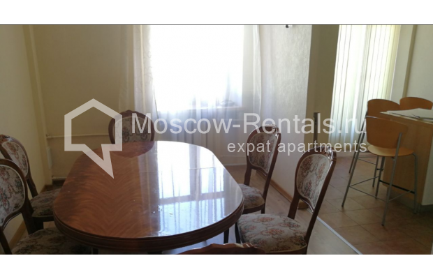 "Photo #6 3-room (2 BR) apartment for <a href=""http://moscow-rentals.ru/en/articles/long-term-rent"" target=""_blank"">a long-term</a> rent  in Russia, Moscow, Kolokolnikov lane, 6 С 1"