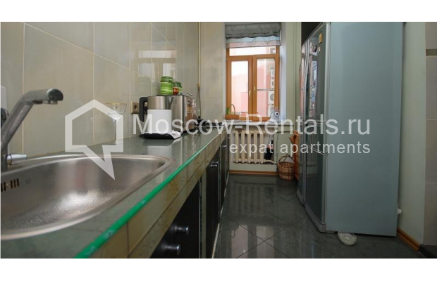 """Photo #6 3-room (2 BR) apartment <u>for a long-term rent</u> (<a href=""""http://moscow-rentals.ru/en/articles/long-term-rent"""" target=""""_blank"""">FAQ</a>)    in Russia, Moscow, Tsvetnoi blv,  22С4"""