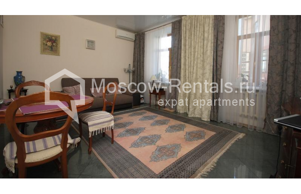 """Photo #3 3-room (2 BR) apartment <u>for a long-term rent</u> (<a href=""""http://moscow-rentals.ru/en/articles/long-term-rent"""" target=""""_blank"""">FAQ</a>)    in Russia, Moscow, Tsvetnoi blv,  22С4"""