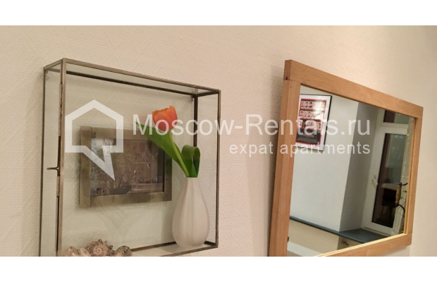 "Photo #14 3-room (2 BR) apartment for <a href=""http://moscow-rentals.ru/en/articles/long-term-rent"" target=""_blank"">a long-term</a> rent  in Russia, Moscow, Sadovaya-Karetnaya str, 20С2"