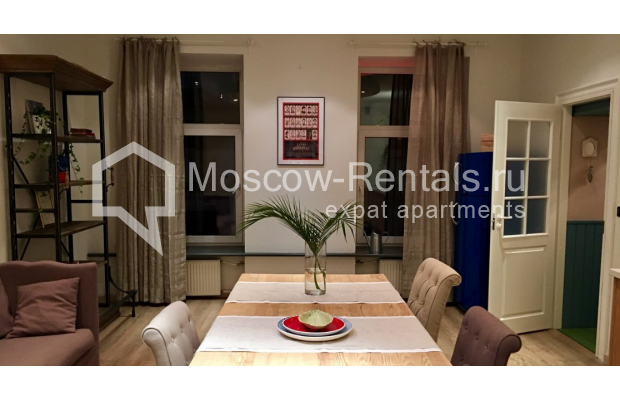 "Photo #2 3-room (2 BR) apartment for <a href=""http://moscow-rentals.ru/en/articles/long-term-rent"" target=""_blank"">a long-term</a> rent  in Russia, Moscow, Sadovaya-Karetnaya str, 20С2"
