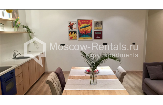 "Photo #8 3-room (2 BR) apartment for <a href=""http://moscow-rentals.ru/en/articles/long-term-rent"" target=""_blank"">a long-term</a> rent  in Russia, Moscow, Sadovaya-Karetnaya str, 20С2"