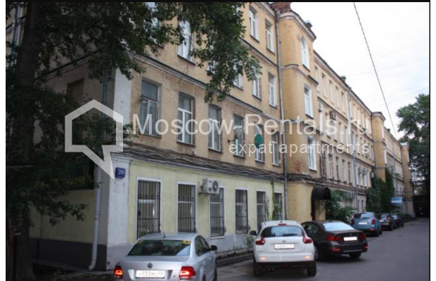 "Photo #16 3-room (2 BR) apartment for <a href=""http://moscow-rentals.ru/en/articles/long-term-rent"" target=""_blank"">a long-term</a> rent  in Russia, Moscow, Sadovaya-Karetnaya str, 20С2"
