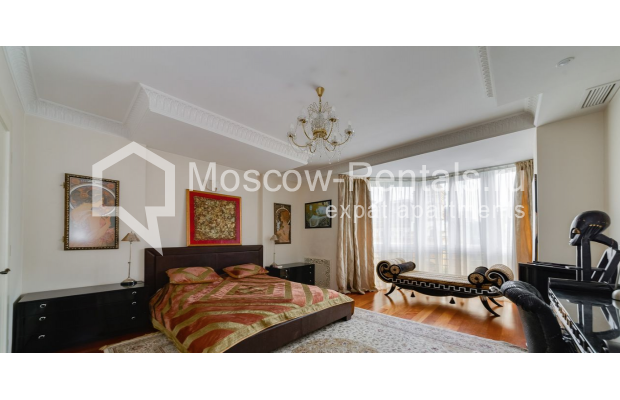 """Photo #7 4-room (3 BR) apartment for <a href=""""http://moscow-rentals.ru/en/articles/long-term-rent"""" target=""""_blank"""">a long-term</a> rent  in Russia, Moscow, Malaya Polyanka str, 5"""