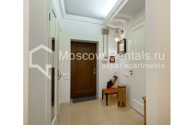 """Photo #14 4-room (3 BR) apartment for <a href=""""http://moscow-rentals.ru/en/articles/long-term-rent"""" target=""""_blank"""">a long-term</a> rent  in Russia, Moscow, Malaya Polyanka str, 5"""