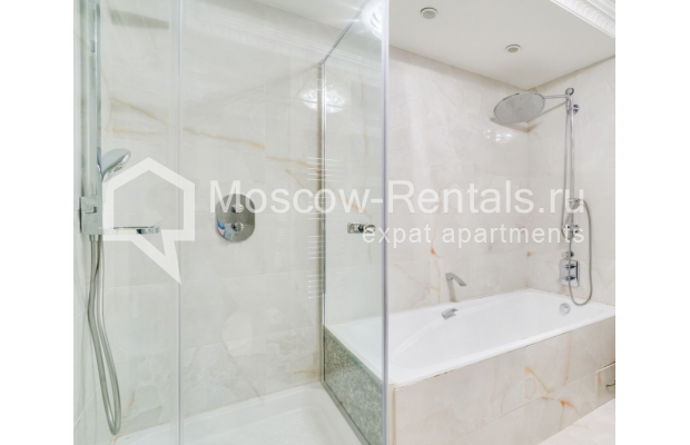 "Photo #9 4-room (3 BR) apartment for <a href=""http://moscow-rentals.ru/en/articles/long-term-rent"" target=""_blank"">a long-term</a> rent  in Russia, Moscow, B. Polyanka str, 43 С 3"