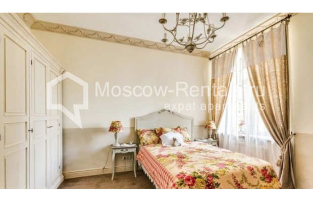 """Photo #8 4-room (3 BR) apartment for <a href=""""http://moscow-rentals.ru/en/articles/long-term-rent"""" target=""""_blank"""">a long-term</a> rent  in Russia, Moscow, B.Polyanka str, 43 С 3"""