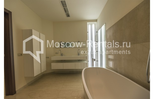 Photo #10 3-room (2 BR) apartment <u>for sale</u> in Russia, Moscow, 1st Zachatievskyi lane,  5