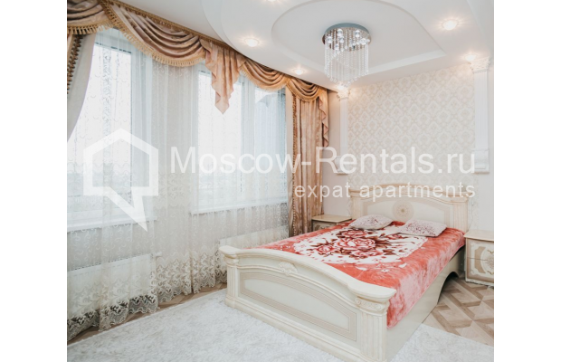 """Photo #8 3-room (2 BR) apartment for <a href=""""http://moscow-rentals.ru/en/articles/long-term-rent"""" target=""""_blank"""">a long-term</a> rent  in Russia, Moscow, 2nd Samarinskaya str, 4"""