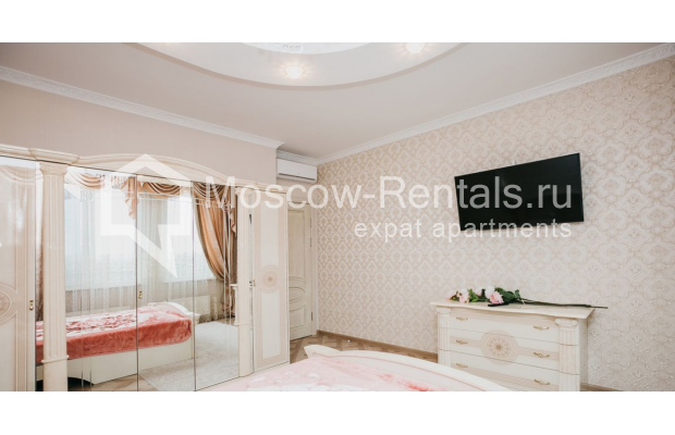 """Photo #10 3-room (2 BR) apartment for <a href=""""http://moscow-rentals.ru/en/articles/long-term-rent"""" target=""""_blank"""">a long-term</a> rent  in Russia, Moscow, 2nd Samarinskaya str, 4"""