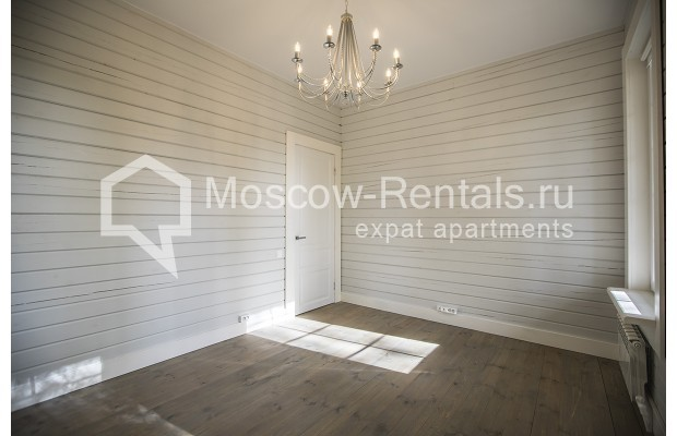"Photo #8 House <u>for a long-term rent</u> (<a href=""http://moscow-rentals.ru/en/articles/long-term-rent"" target=""_blank"">FAQ</a>)    in Russia, Moscow, Palitsy village"