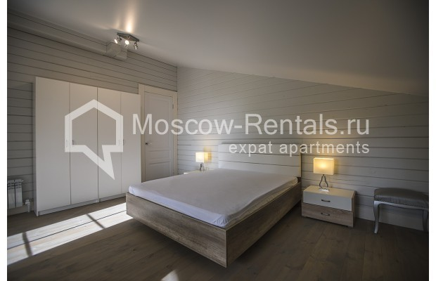 """Photo #12 House <u>for a long-term rent</u> (<a href=""""http://moscow-rentals.ru/en/articles/long-term-rent"""" target=""""_blank"""">FAQ</a>)    in Russia, Moscow, Palitsy village"""