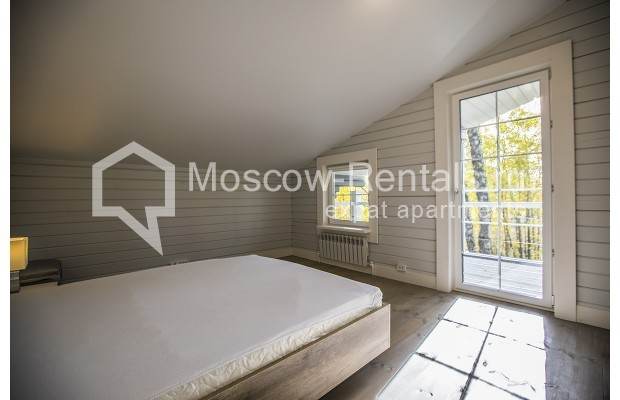 "Photo #13 House <u>for a long-term rent</u> (<a href=""http://moscow-rentals.ru/en/articles/long-term-rent"" target=""_blank"">FAQ</a>)    in Russia, Moscow, Palitsy village"