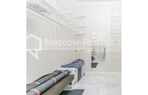 """Photo #20 5-room (4 BR) apartment for <a href=""""http://moscow-rentals.ru/en/articles/long-term-rent"""" target=""""_blank"""">a long-term</a> rent  in Russia, Moscow, Shabolovka str, 10 к 1"""