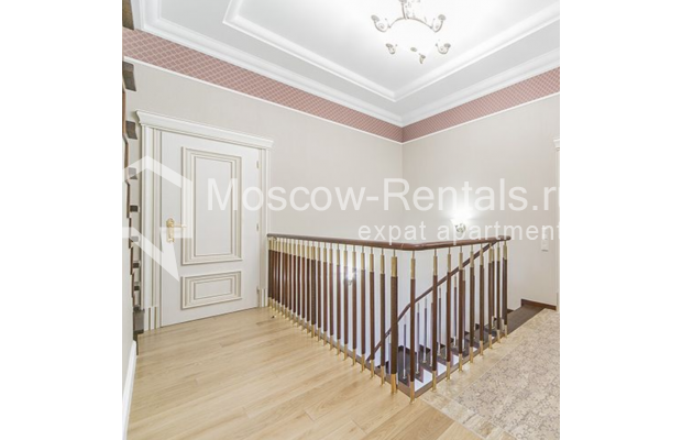 """Photo #31 5-room (4 BR) apartment for <a href=""""http://moscow-rentals.ru/en/articles/long-term-rent"""" target=""""_blank"""">a long-term</a> rent  in Russia, Moscow, Shabolovka str, 10 к 1"""