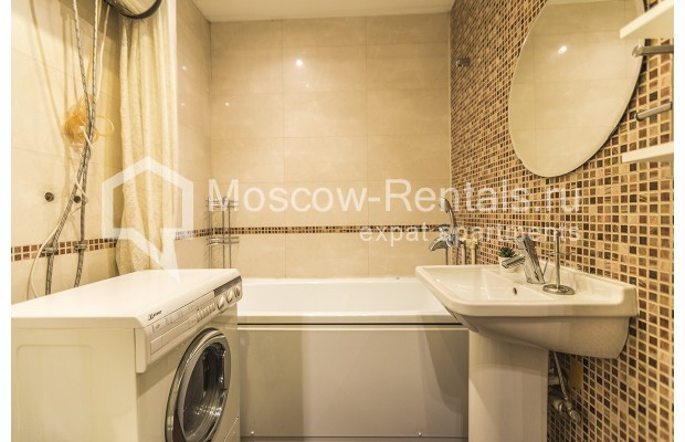 "Photo #9 2-room (1 BR) apartment <u>for a long-term rent</u> (<a href=""http://moscow-rentals.ru/en/articles/long-term-rent"" target=""_blank"">FAQ</a>)    in Russia, Moscow, Glinishchevskyi lane,  5/7"
