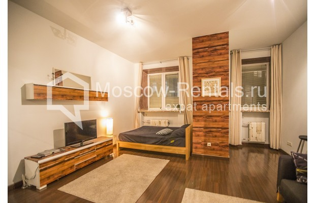 "Photo #3 2-room (1 BR) apartment <u>for a long-term rent</u> (<a href=""http://moscow-rentals.ru/en/articles/long-term-rent"" target=""_blank"">FAQ</a>)    in Russia, Moscow, Glinishchevskyi lane,  5/7"