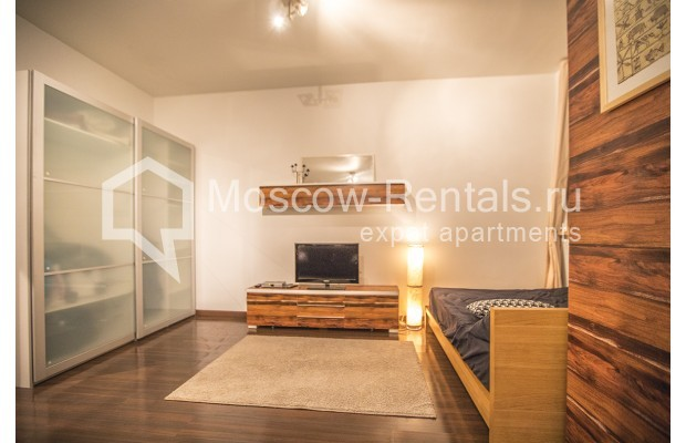 "Photo #6 2-room (1 BR) apartment <u>for a long-term rent</u> (<a href=""http://moscow-rentals.ru/en/articles/long-term-rent"" target=""_blank"">FAQ</a>)    in Russia, Moscow, Glinishchevskyi lane,  5/7"