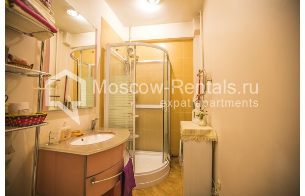 "Photo #5 2-room (1 BR) apartment for <a href=""http://moscow-rentals.ru/en/articles/long-term-rent"" target=""_blank"">a long-term</a> rent  in Russia, Moscow, Malaya Dmitrovka str, 31"